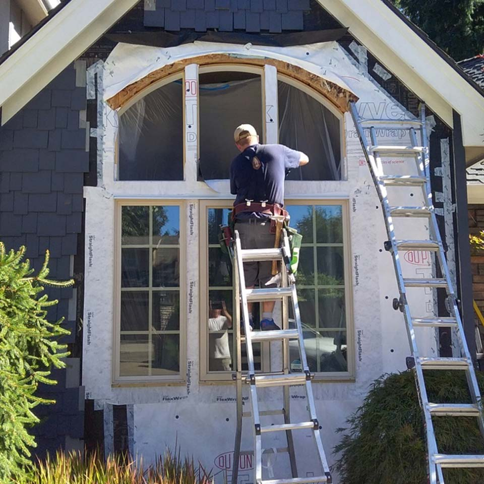 Siding Repair Contractor Portland Oregon
